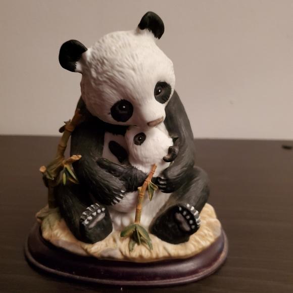 Home Interiors Other - Panda Bear Figurine